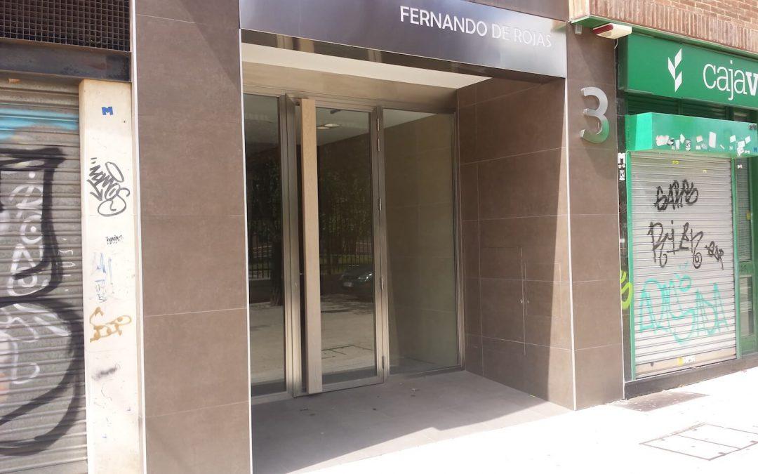 Puerta en Pasaje Fernando de Rojas 3